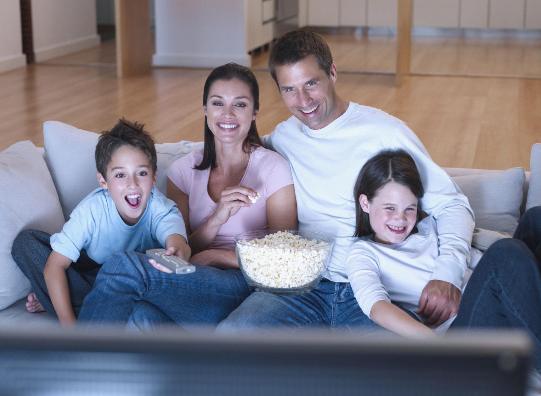 Как смотреть кино вместе с детьми